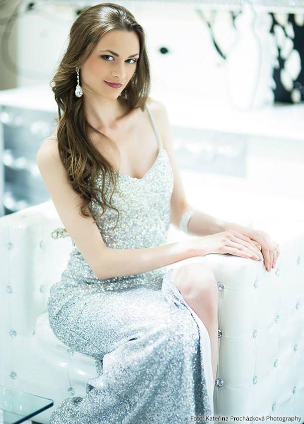 72a2393e8d9 web společenské šaty dianthe ...